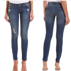 Cabi distressed curvy skinny jeans size 6